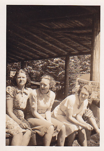 Ina Hammond, Olga Crewson, Delia (Burk) Simmons at Main Lodge